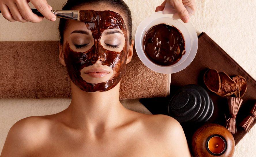 Gesichtsmasken, was sie versprechen und wie sie wirken